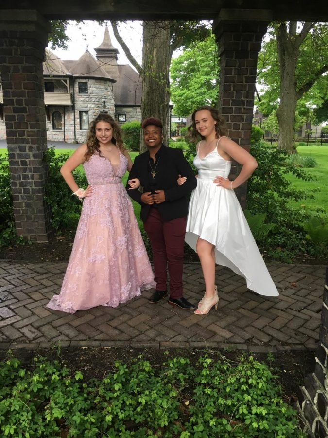 Cameron Pierce (center) pictured before Adams Prom 2019.